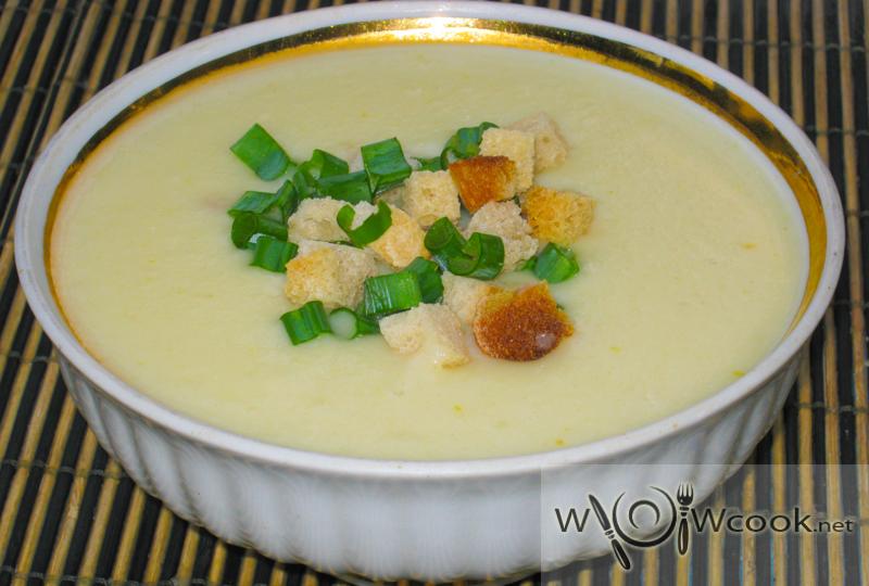 Сырный луковый суп