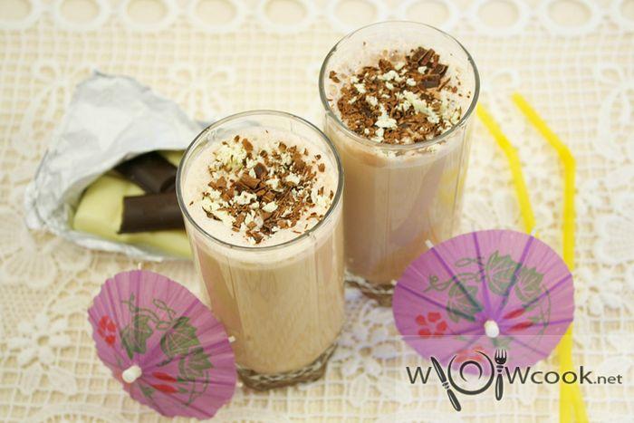 Кофейно-шоколадный молочный коктейль