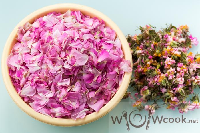 Рецепт ликера из розовых лепестков