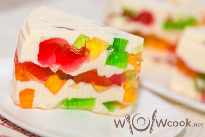 как приготовит разноцветный торт с желе