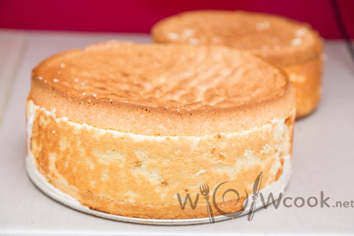 2 бисквитных яруса для торта