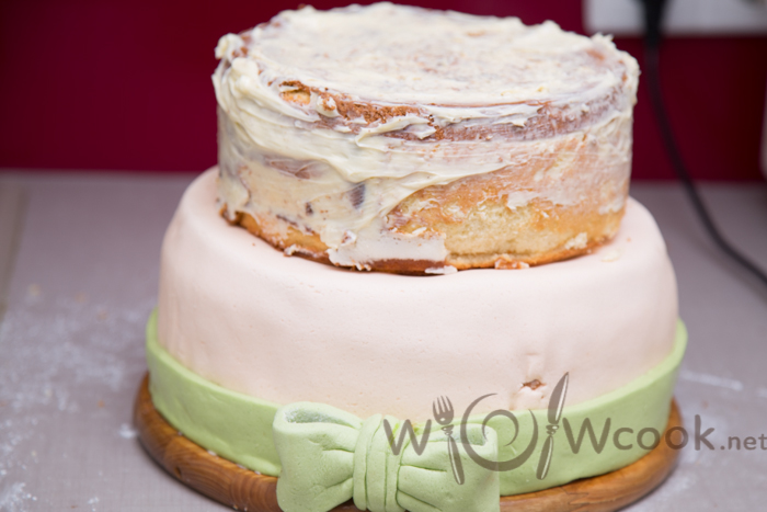 2-1 слой двухъярусного торта