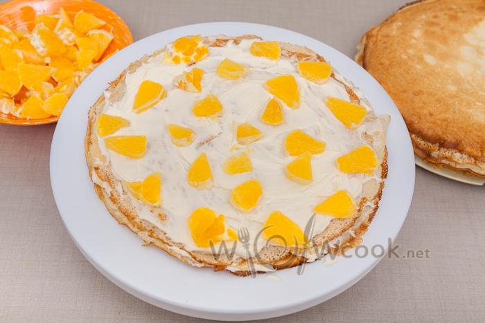 выкладываем апельсины
