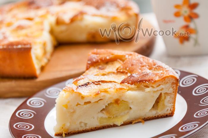 Заливной пирог с яблоками на кефире рецепт