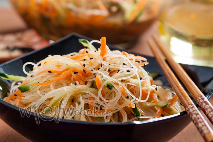Салат из фунчозы с морковью по-корейски рецепт с фото
