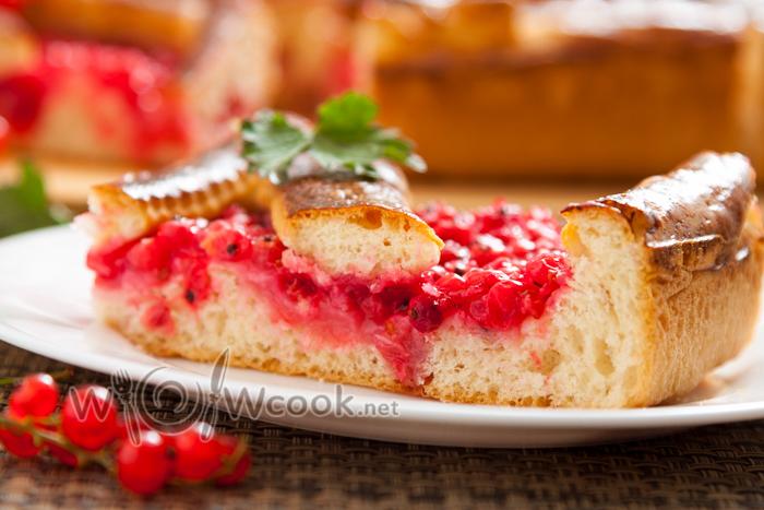 пирог с красной смородиной пошагово