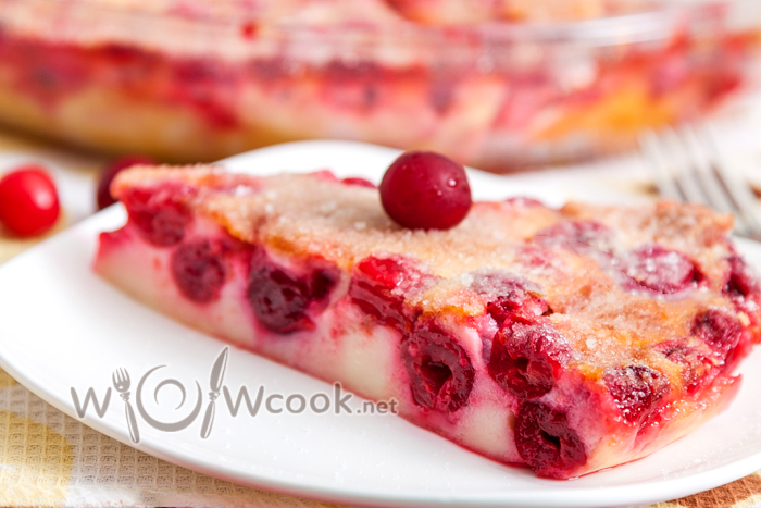 "Французский пирог ""Клафути"" с вишней"