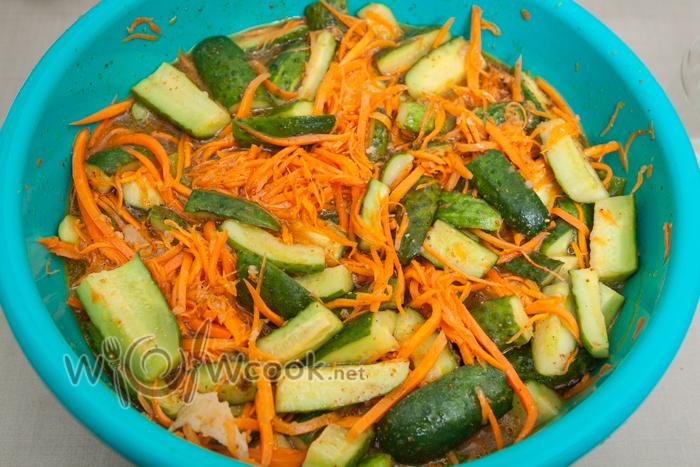 овощи пустили сок, салат можно кушать
