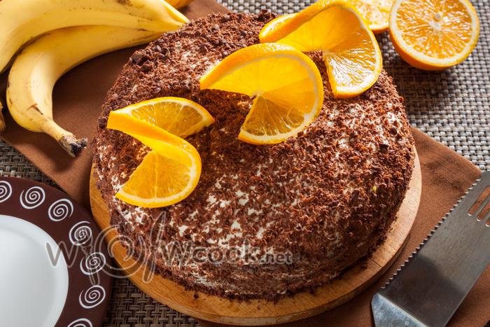 украшаем торт шоколадом и апельсином
