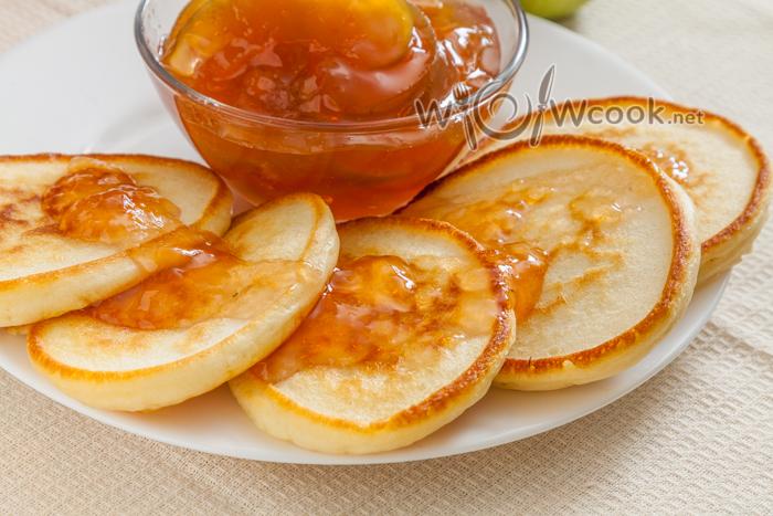 Как приготовить оладушки на кефире, пошаговый рецепт