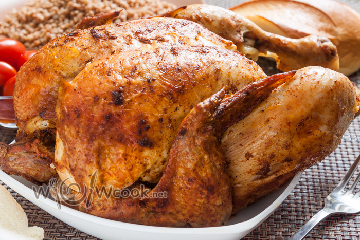 Рецепт курицы на бутылке в духовке целиком