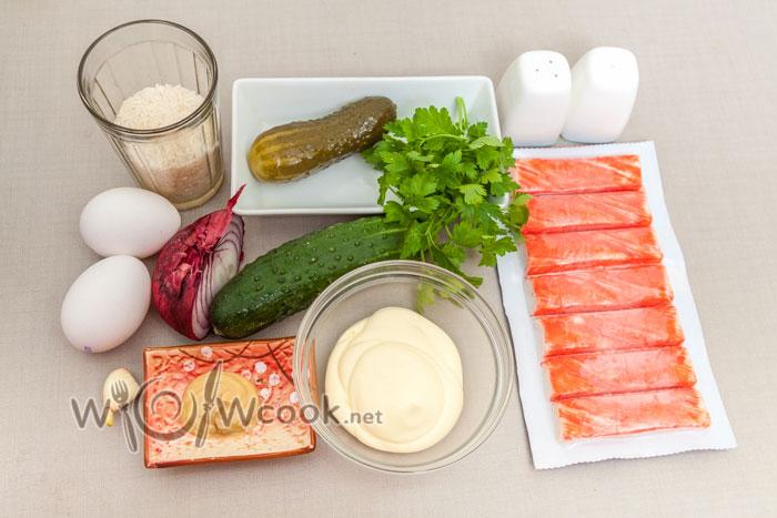 из чего готовим салат с крабовыми палочками
