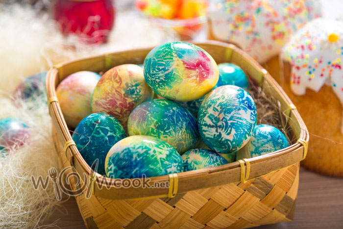 Как красиво и быстро покрасить яйца на пасху