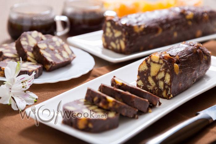 Шоколадная колбаса из печенья, пошаговый рецепт