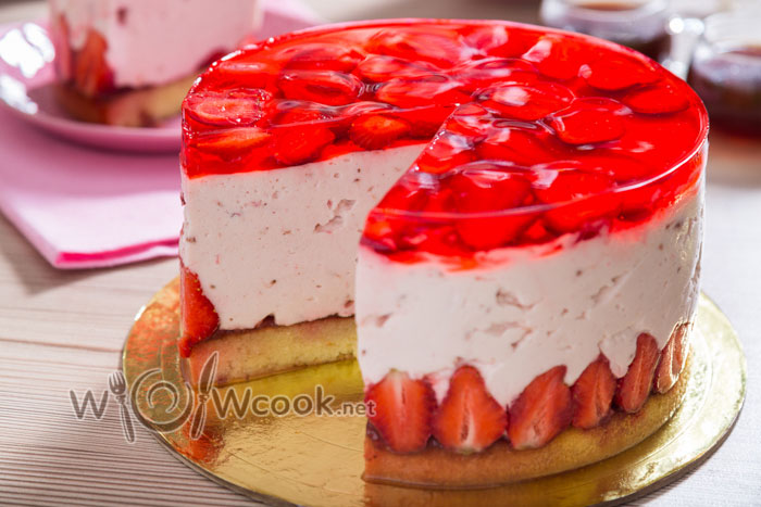 вкусный торт с клубникой, рецепт с фото