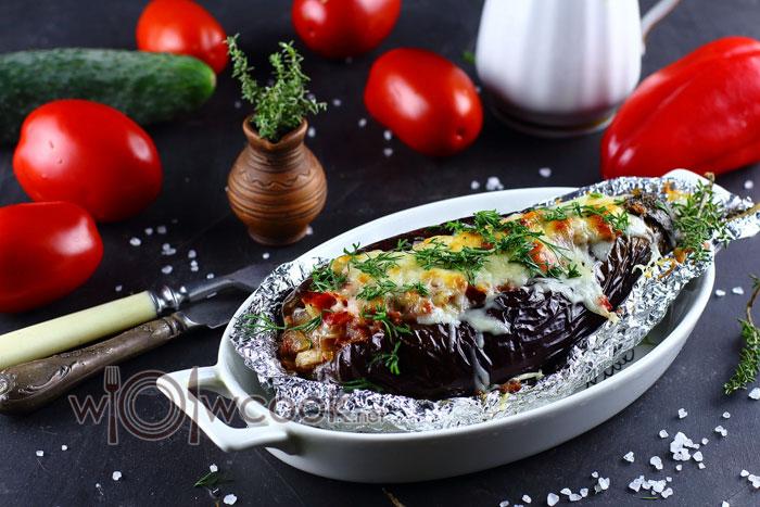 Баклажаны в духовке с фаршем и овощами