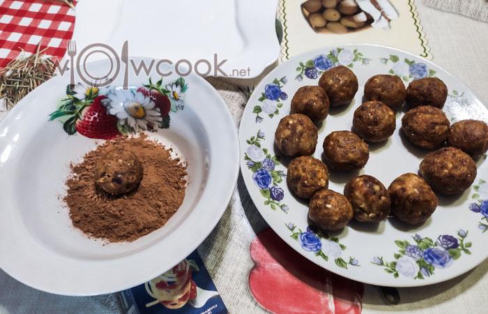 конфеты из грецких орехов и сухофруктов