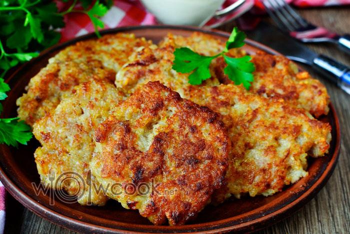 Как приготовить оладьи из сырой картошки