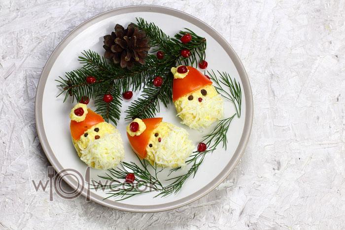 Фаршированные яйца сыром