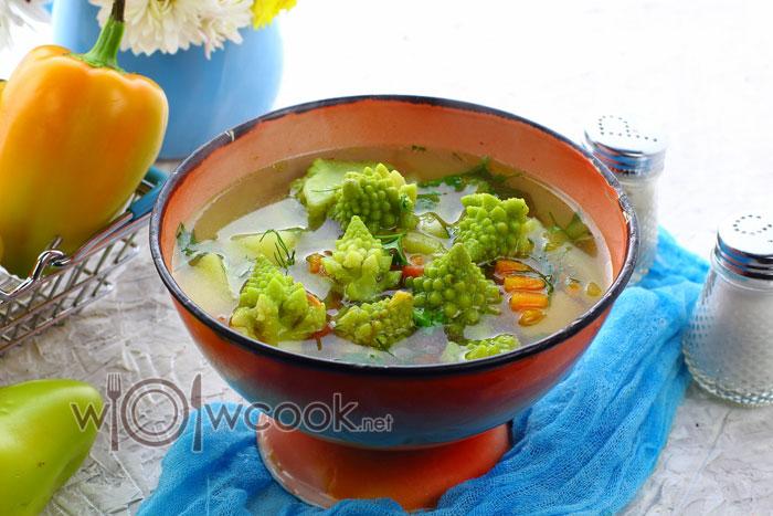 Суп с цветной капустой романеско