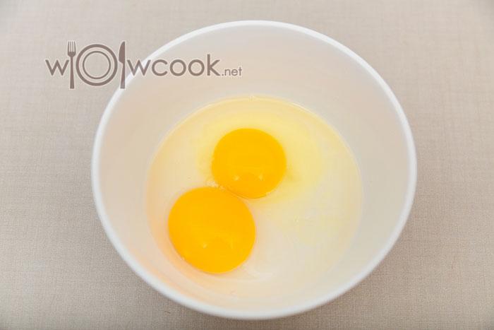 яйца с водой