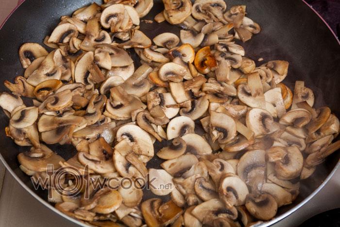 грибы обжарились
