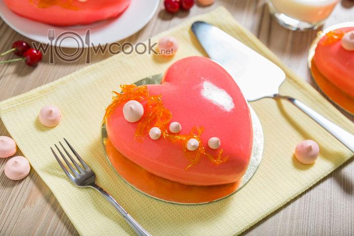 """Муссовый торт """"Сердце"""" с зеркальной глазурью"""