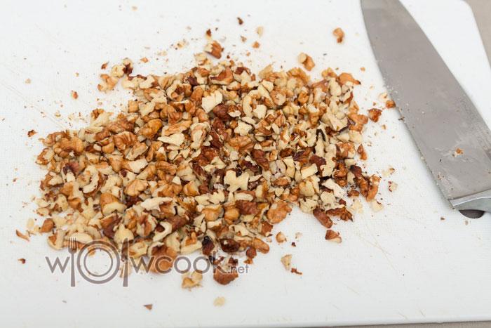 измельчаем орехи