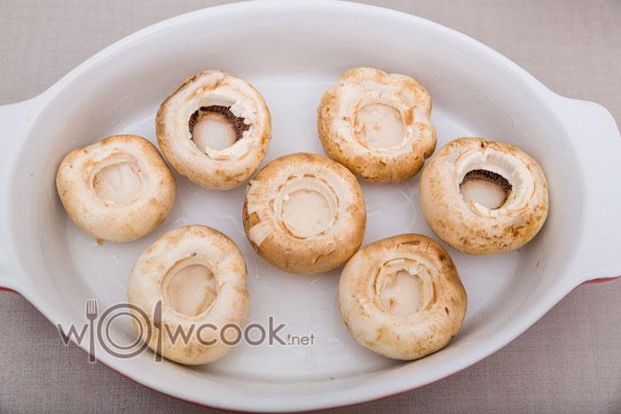 грибы в форме