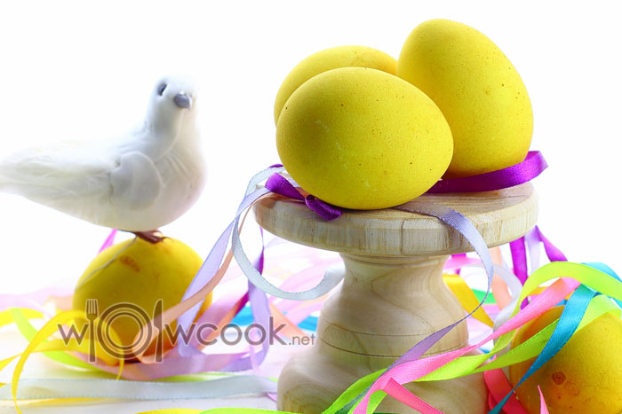 как покрасить красивые яйца