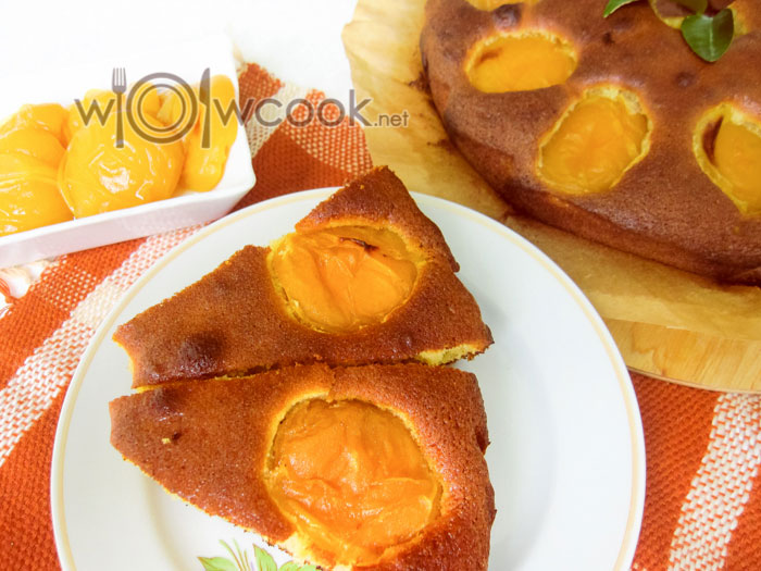 Пирог с абрикосами, рецепт с фото пошагово
