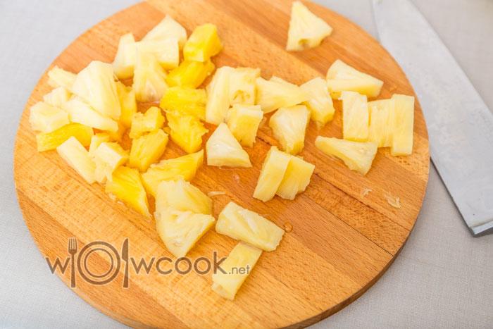ананасы кубиком