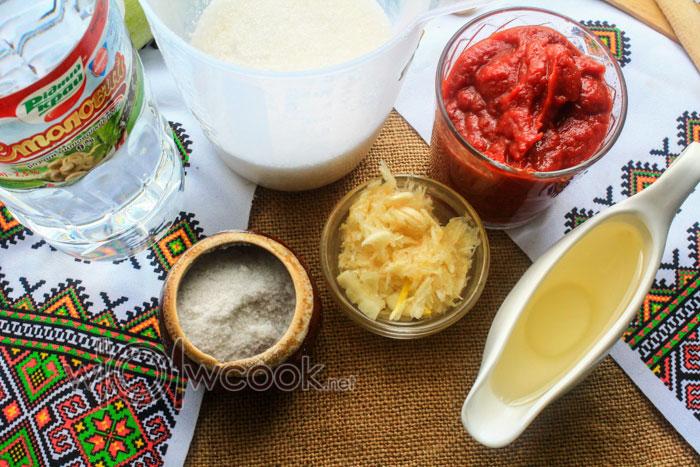 подготавливаем ингредиенты для маринада