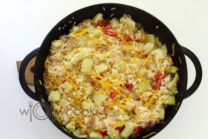 рагу из овощей с рисом готово
