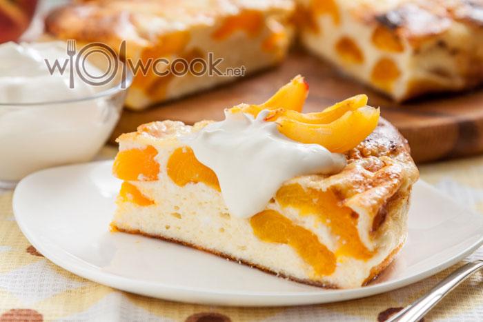 Творожная запеканка с абрикосами в духовке