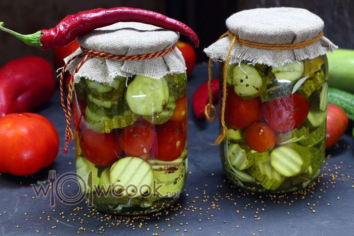 Маринованные овощи «огород в банке» - ассорти из помидор и огурцов на зиму