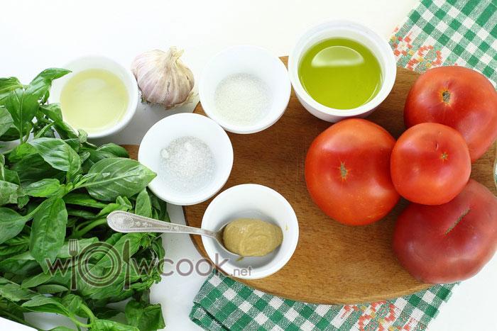 ингредиенты для салата из маринованных помидор