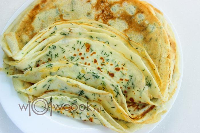 8. Блинчики с сыром и зеленью на кефире готовы