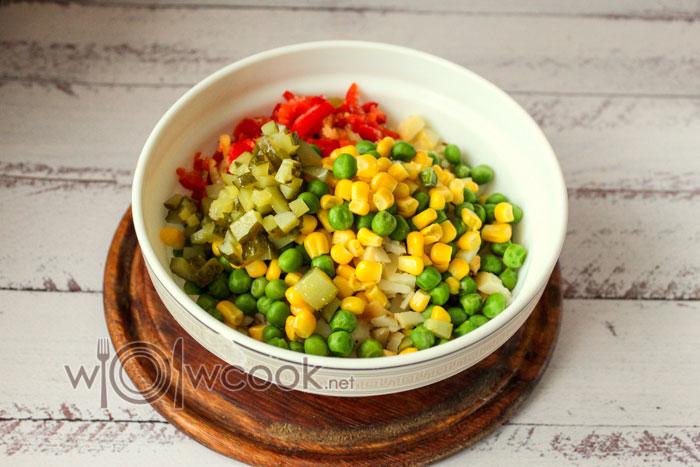 добавляем овощи