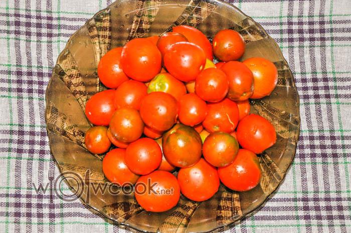 промываем помидоры