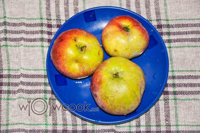 промываем яблоки