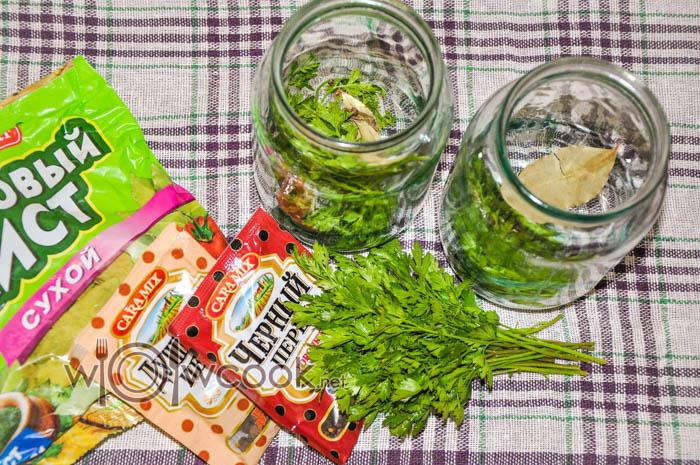 зелень и специи