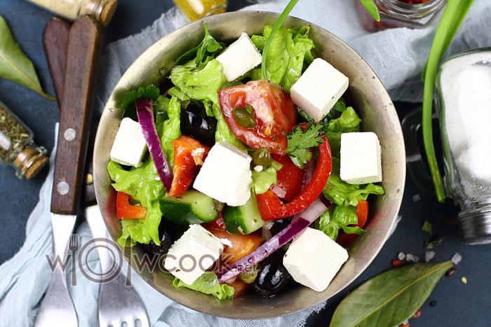 греческий салат с фетой