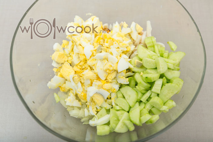 яйца и огурцы