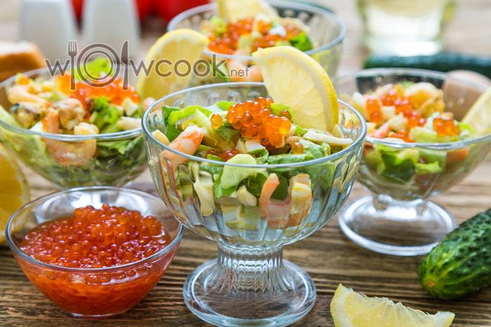 салат праздничный рецепт с кальмарами и креветками