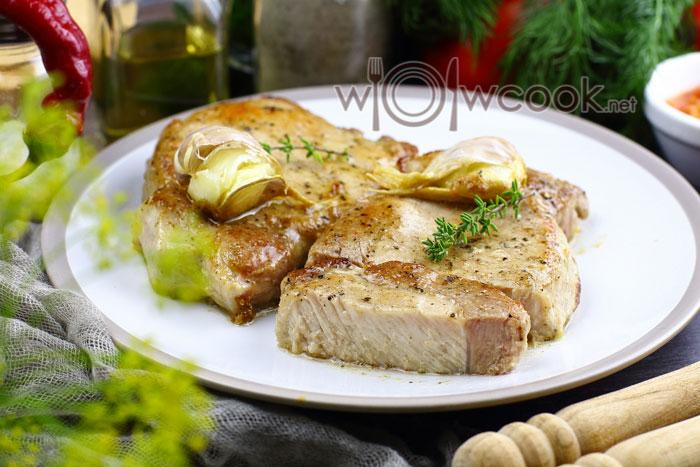 запечь стейки свинины в духовке