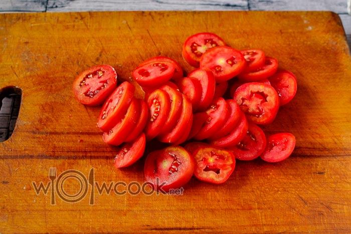 кружочки помидор