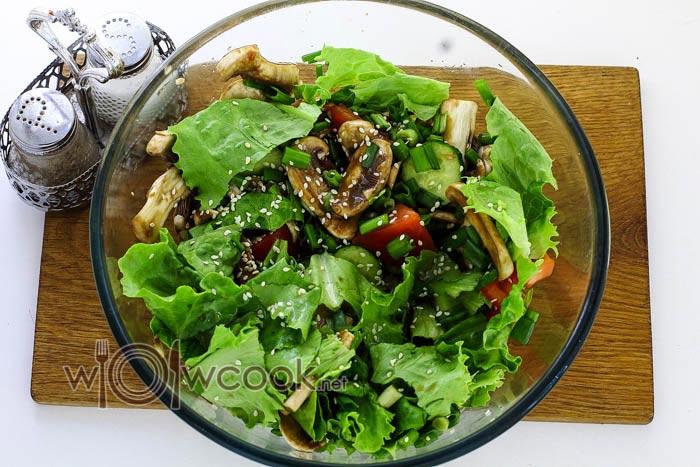 соус в салате