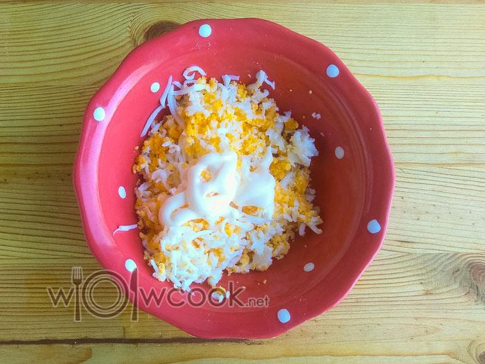 яйца и майонез