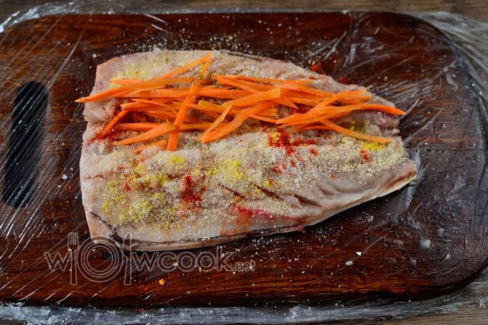 скумбрия и морковь